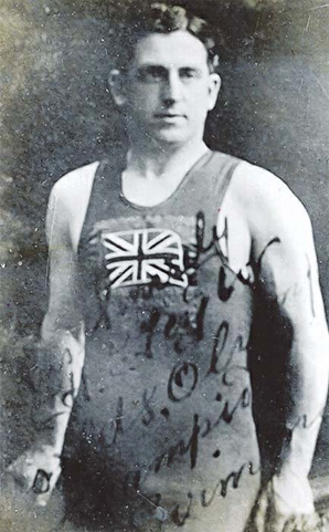 Henry_Taylor_in_British_swimming_colours
