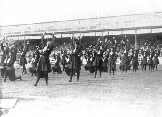London_1908_Gymnastics_women